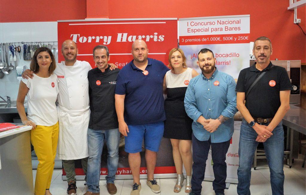 Jurado del I Concurso Nacional de Torry Jarris junto con el cocinero Lluis Peñafort